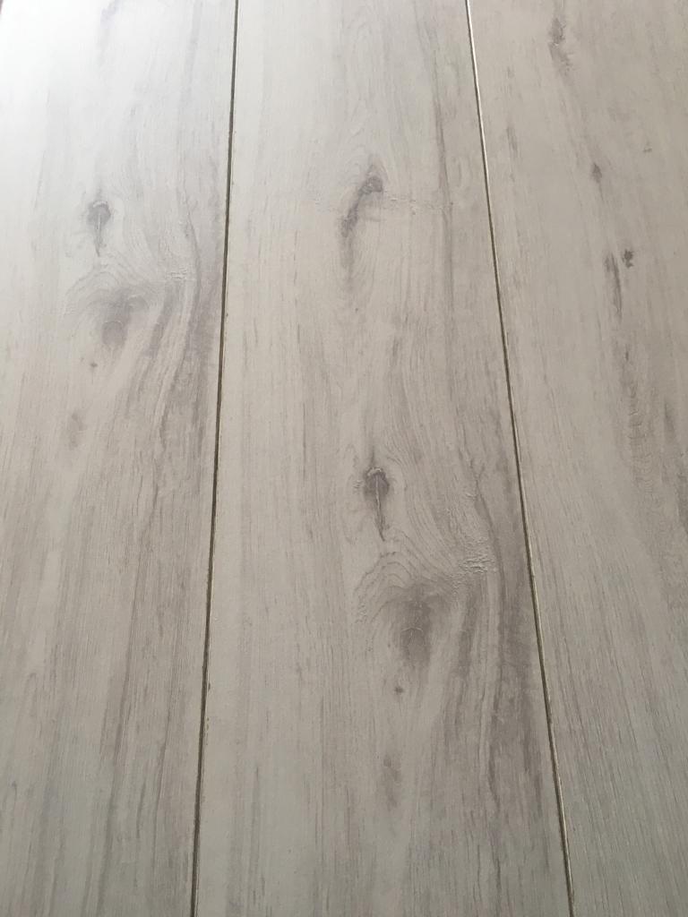 Laminate Flooring 8 6sq Mtrs Beading Underlay
