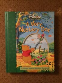 Disney Winnie The Pooh A Very Blustery Day. A 3D Moving Windows Storybook.