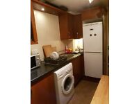 Steads Place Double Room For Rent