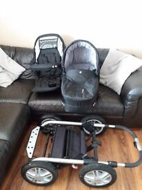 Mutsy urban rider buggy. Chassis, pram, reversible seat unit and waterproofs. £100 ono