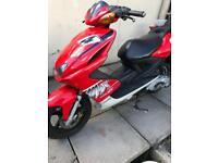 Yamaha aerox 100cc Max Biaggi