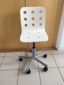 Ikea Desk Chair - Swivels /Wheels White