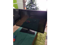 2 X TV for sale ( SPARES OR REPAIRS) 42 INCH LG and 40 INCH TECHNIKA