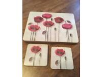 8 poppy place mats /8 coasters