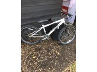 "Bike 24""wheel mtb 18 speed"