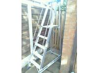 Clow Industrial 5 Step Fixed Stepladders