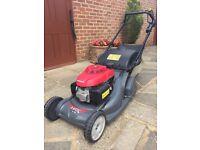 Honda HRX476 lawn mower