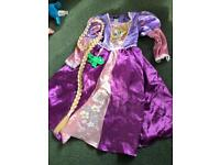 Rapunzl/Tangled dressing Up Dress with hair 5/6Y