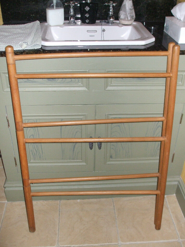 Vintage polished pine, 2 panel clothes airer