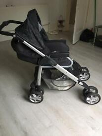 Pram/ buggy silver cross, folding with rain cover
