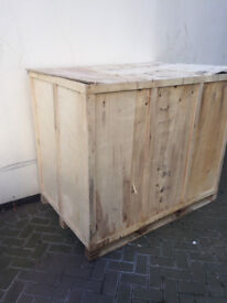 X Large Wooden Shipping Crate Box Pallet, Carton Export Import Storage Mint Cond