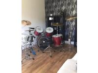 Extensive Full drum kit - Premier APK in red pearl