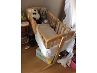 Baby crib £50