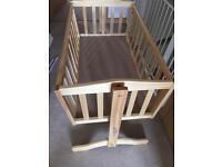 Baby crib swing