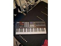 Akai 49 mpk keyboard