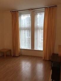 1 BED SPACIOUS UNFURNISHED FLAT