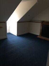 Dumbarton High street 2 bedroom Flat £390 per month