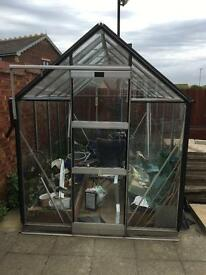 Greenhouse - 6ft by 10ft, excellent condition