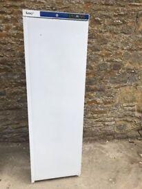lec upright fridge