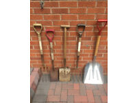 Garden tools sold as a joblot (local delivery possible)