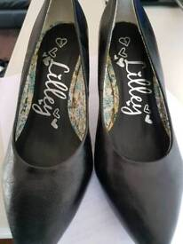 Shoes Zone Little Heel Shoes