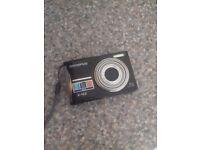 12 mega pixal digital camera
