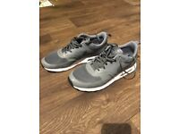 Nike shoes-trainers