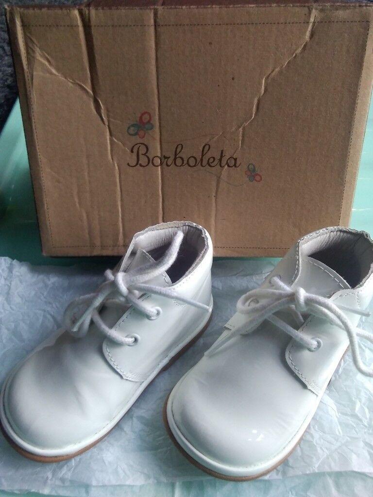 baby boy shoes size 3 patent white boots BORBOLETA