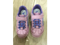 Clarks girl pink trainer Size 8