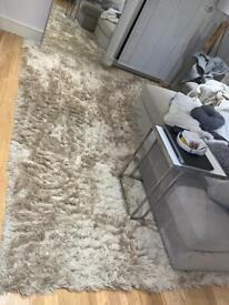 Cream/ Light Beige Large Carpet/Rug 200x290cm