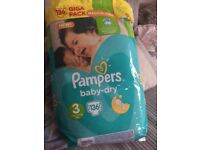 136 pampers nappies