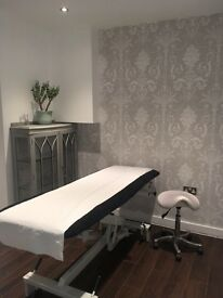 3 Beautiful Therapy rooms to rent in Clapham South 30 seconds from tube station