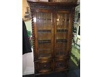 Beautiful Antique Solid Oak 2 Door Bookcase Display Cabinet with Barley Twist Columns