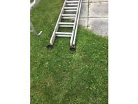 Heavy duty extension ladder 24 ft extended with sucker feet +5 builders tressels