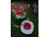 Baby jumperoo and seat with tray