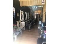 Hair dresser/hair stylist chair to rent on busy high street