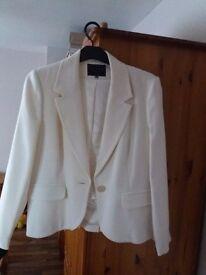 Coast jacket NEW size 16 Beautiful jacket for a beautiful lady:-)