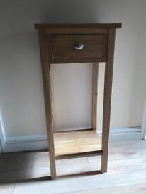 Oak - hall/lamp/telephone Table.