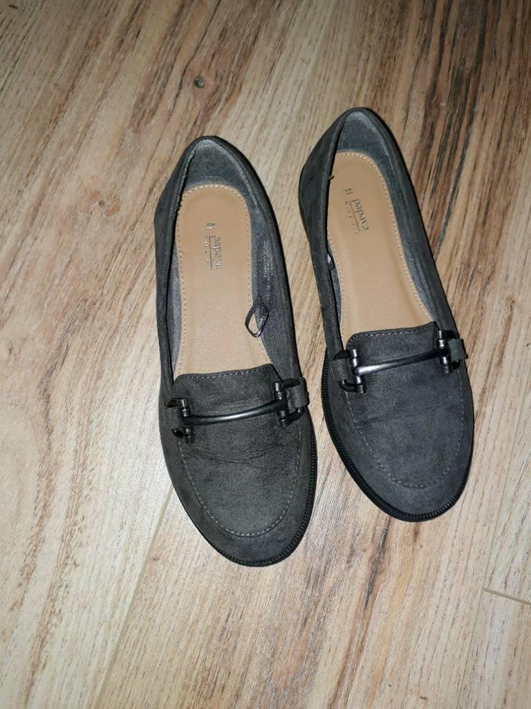 Women's grey shoes