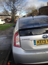 Toyata Prius for rent only 135 pound please fell free call on 07853737549