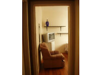 Clifton, Queens Road, Triangle,Double Room= 430 pm, Furnished, All bills included