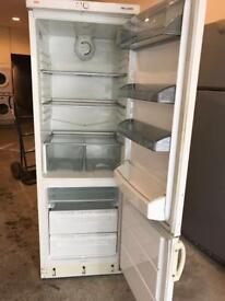AEG White Fridge Freezer (Fully Working & 3 Month Warranty)