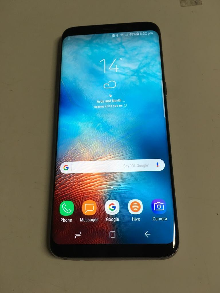Samsung galaxy s8 with extras
