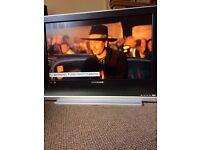 "32"" LCD hd tv"