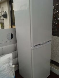 50/50 fridge freezer one freezer drawer broken handel