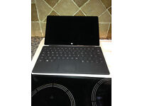 Microsoft Surface RT 32gb with keyboard