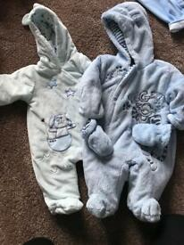 Baby jackets and snowsuits
