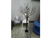 LED indoor/outdoor tree