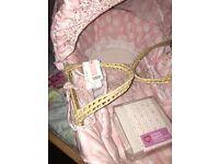 Mamma & papas baby pink & white Moses basket