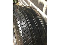 Continental Vanco 2 Tyre 215 65 16
